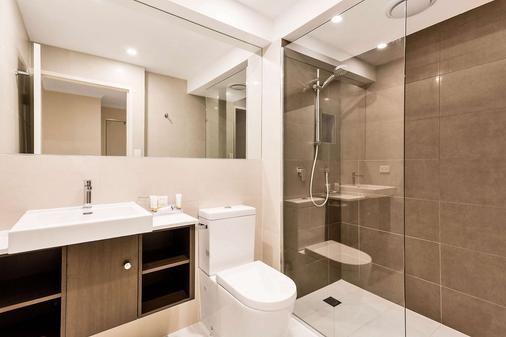Quality Hotel Manor - Melbourne - Kylpyhuone