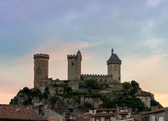 The Originals Access, Hôtel Foix (P'tit Dej-Hotel) - Foix - Outdoors view