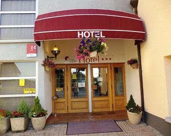 Hotel Au Logis Des Ours - Belfort - Edifício
