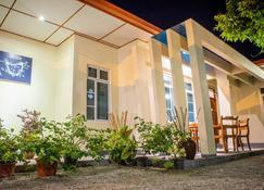 Charming Holiday Lodge - Addu City - Bygning