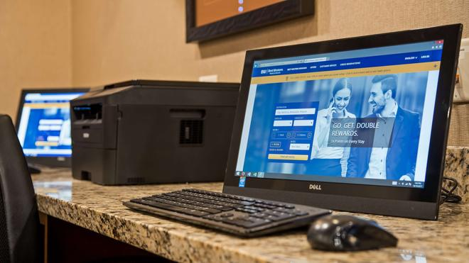 Best Western PLUS Lincoln Inn & Suites - Lincoln - Business centre