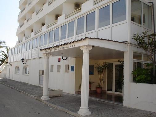 Hotel Hey Peniscola - Peníscola - Building
