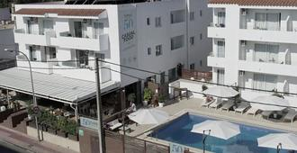 Apartamentos Fleming 50 - Sant Antoni de Portmany - Building