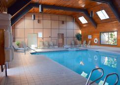 SureStay Plus Hotel by Best Western Gold Beach - Gold Beach - Pool