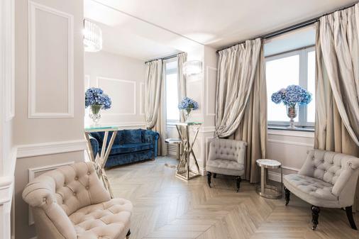 Fh55 Hotel Calzaiuoli - Florence - Living room
