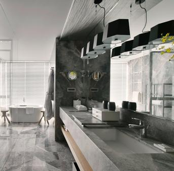 Silks Club - Kaohsiung - Bathroom