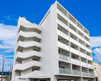Mr. Kinjo In Nago - Nago - Edifício
