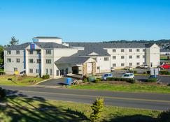Motel 6 Newport, OR - Newport - Building
