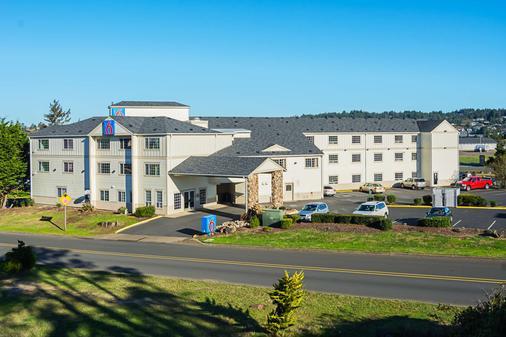 Motel 6 Newport Or - Newport - Κτίριο