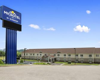 Microtel Inn By Wyndham Mineral Wells - Mineral Wells - Building