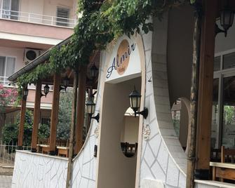 Almir Hotel - Kizkalesi - Venkovní prostory