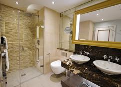 Grosvenor Pulford Hotel & Spa - Chester - Bad