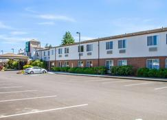 Quality Inn and Suites Longview Kelso - Kelso - Bâtiment