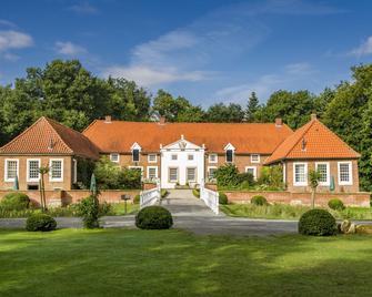 Familotel Gut Landegge - Haren - Building