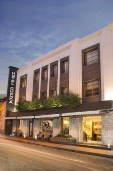 昆卡酒店 - 昆卡 - 昆卡 - 建築