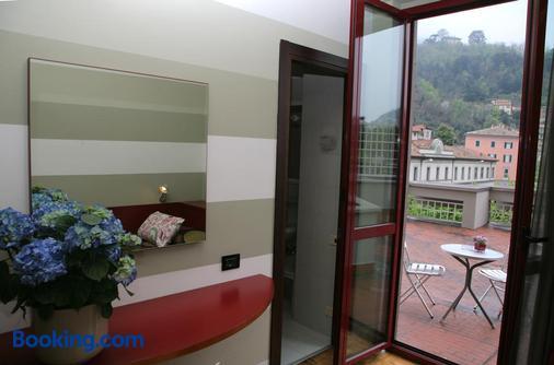 Park Hotel Meublé - Como - Balcony