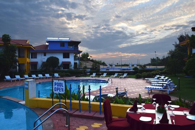 貝沃奇度假村 - 科爾瓦 - 柯瓦 - 游泳池
