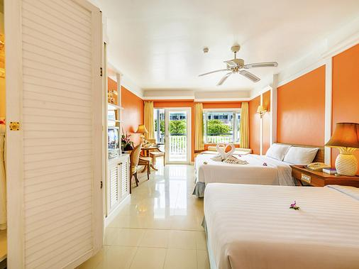 Andaman Seaview Hotel - Karon - Bedroom