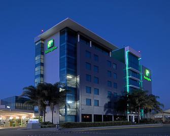 Holiday Inn Irapuato - Irapuato - Building