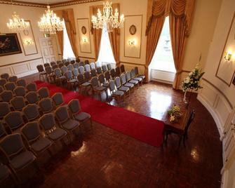 Melville Castle - Dalkeith - Meeting room