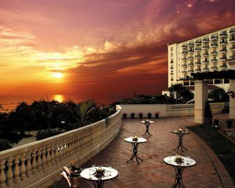 Hotel Nikko Alivila - Yomitan - Balkón