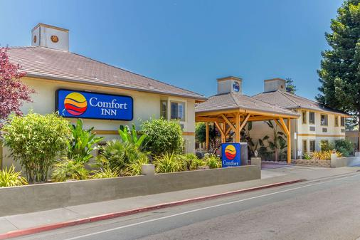 Comfort Inn - Santa Cruz - Toà nhà