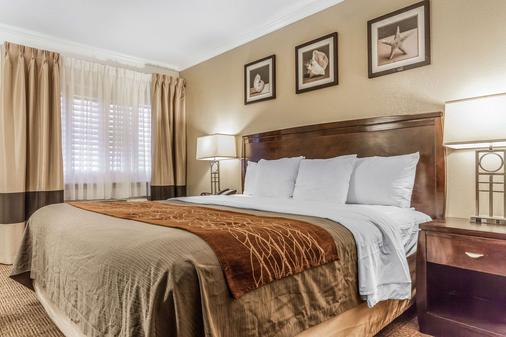 Comfort Inn - Santa Cruz - Phòng ngủ