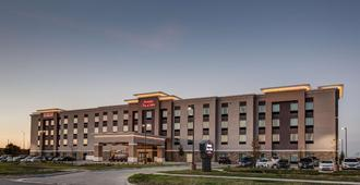 Hampton Inn & Suites-Wichita/Airport, KS - Wichita