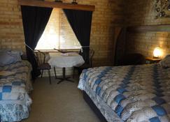 York Motel - York - Bedroom