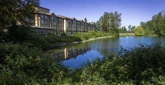 Radisson Hotel Portland Airport - Portland - Outdoor view