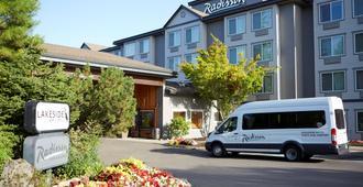 Radisson Hotel Portland Airport - Portland - Bygning