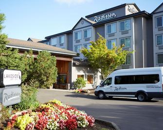 Radisson Hotel Portland Airport - Portland - Building