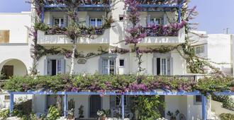 Pension Sofi - Naxos - Building
