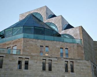 Hotel Beit Shmuel - Jerusalem - Building