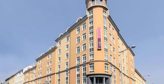 Hotel Mercure Wien Westbahnhof - Viena - Edificio