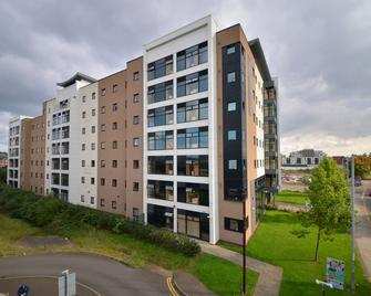 Newport Student Village (Campus Accommodation) - Newport - Building