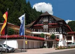 Flair Hotel Adlerbad - Bad Peterstal-Griesbach - Building