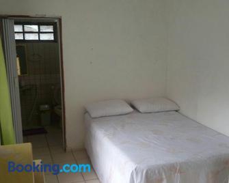 Casa c/ Piscina - Barra de Santo Antônio - Bedroom