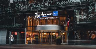Radisson Blu Elizabete Hotel, Riga - Riga - Building