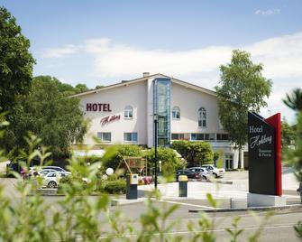 Waldhotel Hohberg - Schaffhausen - Building