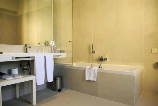 Boutique Hotel Can Cera - Palma de Mallorca - Bathroom