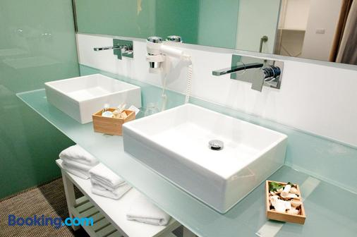 Artrip - Madrid - Bathroom