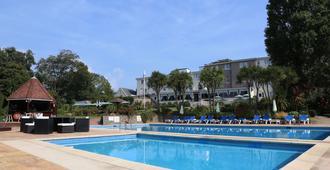 Westhill Country Hotel - סיינט הלייר - בריכה