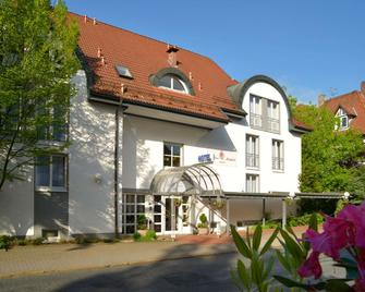 Hotel Caroline Mathilde - Celle - Building