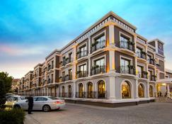 Svalinn Hotel - Izmir - Gebouw