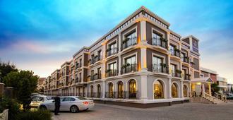 Svalinn Hotel - Esmirna - Edificio