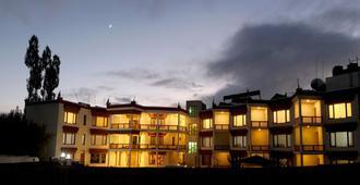 Hotel Nalanda Ladakh - Лех