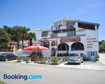 Apartments and rooms by the sea Drage, Biograd - 14356 - Drage - Building