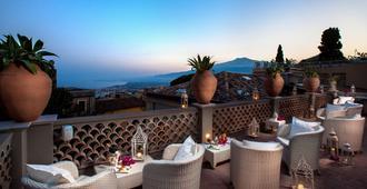 Hotel Villa Taormina - Taormina - Balcón