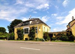 Danchelshus - Allinge - Edificio